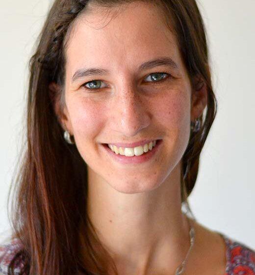 Sara castillo témoigne à propos du master management des biobanques